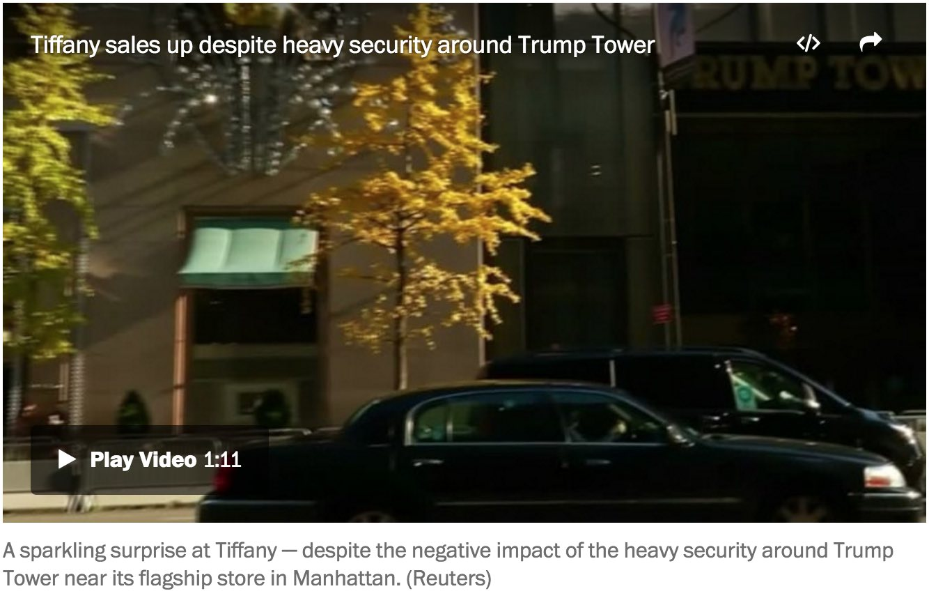 Student arrested after carrying weapons into Trump Tower